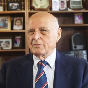 Prof.Dr.Ahmet       Dervişoğlu        İ.T.Ü